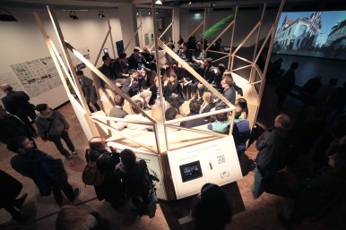 """Parliamentary Session at the Urban Parliament, exhibition """"Demopolis- The Right to Public Space"""" @Akademie der Künste Berlin"""